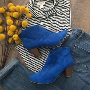 Chinese Laundry Cobalt Blue Ankle Boots